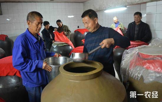 """周平:米酒酿出""""幸福味"""""""