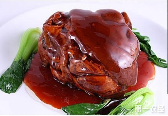 江苏地区传统名菜:万三蹄