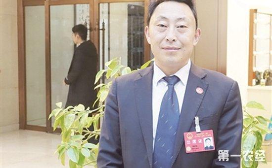 人大代表黄朝斌:积极实施乡村振兴战略 带动村民共同致富