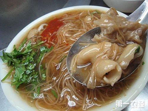 台湾特色小吃:大肠面线