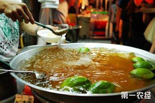 台湾特色饮品:清凉一夏--柠檬爱玉冰