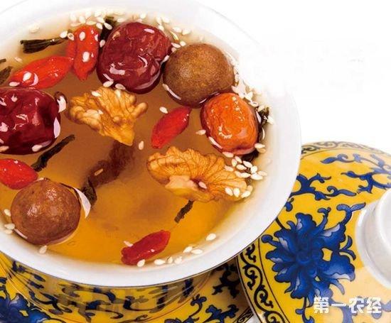 宁夏特产:八宝盖碗茶