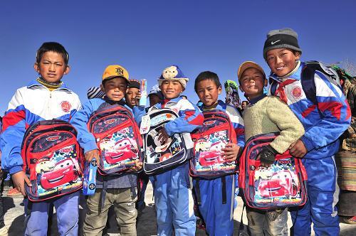 西藏农牧区:中央专项资金投入40余亿元改善学校条件