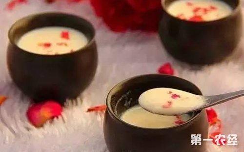 香港特产美食:姜汁撞奶的做法大全