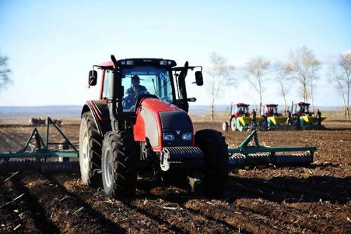 黑龙江:投入9.09亿元新建现代农机合作社129个