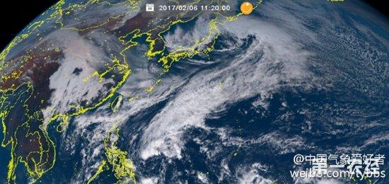 菲律宾以东的台风胚胎98W夭折 2017年第一号台风梅花差点形成