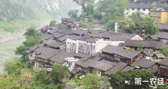 酉阳农村的冬天房子图片