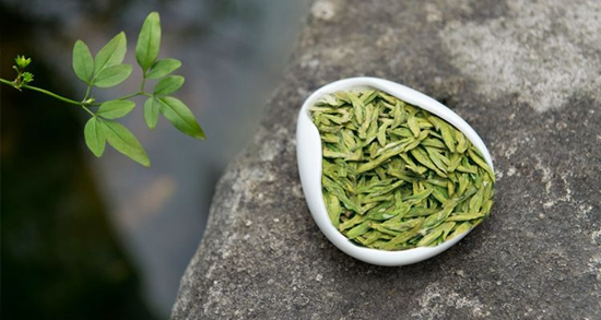 淳安萧山等地的春茶陆续上市 西湖龙井最快下周开采