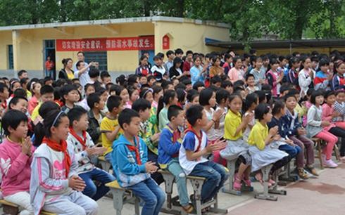 安徽怀远:加强留守儿童安全教育 防范夏季高发溺水事件