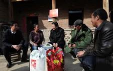 """青海祁连:""""大走访""""解决农牧民群众生活难题"""