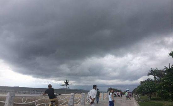 福建多地气温高达40℃ 台风将在下周影响厦门
