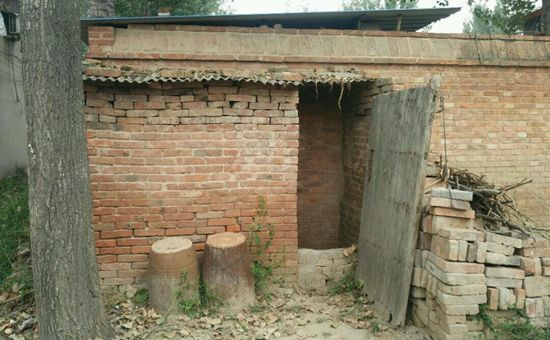 农村厕所改造补贴那么高 为什么农民不愿意安装?