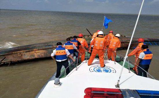 江苏盐城发生渔船相撞事故 已致2人遇难