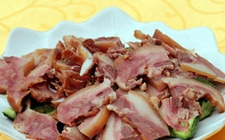 常州:47人食用凉拌猪头肉后引发呕吐腹泻 疑似食物中毒