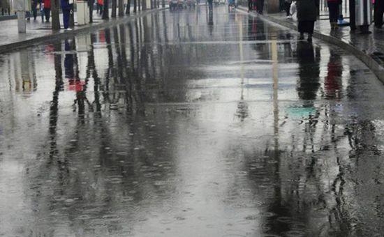 北方降雨又降温 南方暑气仍难消