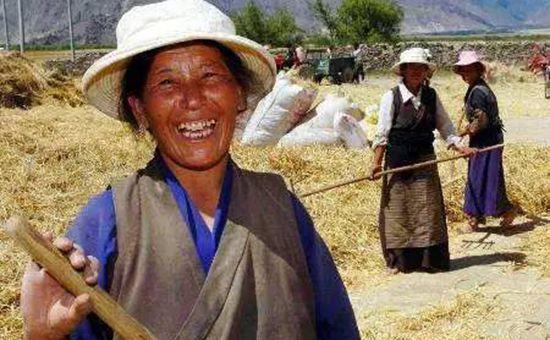 西藏正在向迈入全面小康社会的最后障碍发起决战