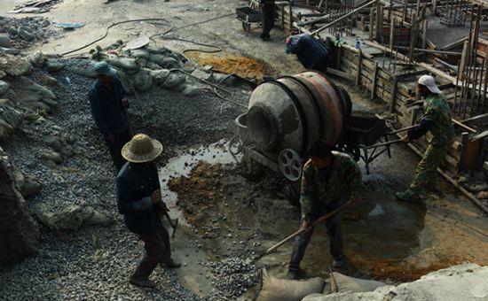 未来农民工将持证上岗 农民工工资实名制信息化管理开始推行