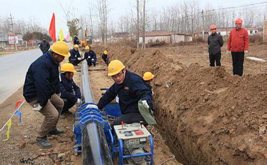 黑龙江省共落实农村饮水安全工程资金16.35亿元 让贫困人口有水喝