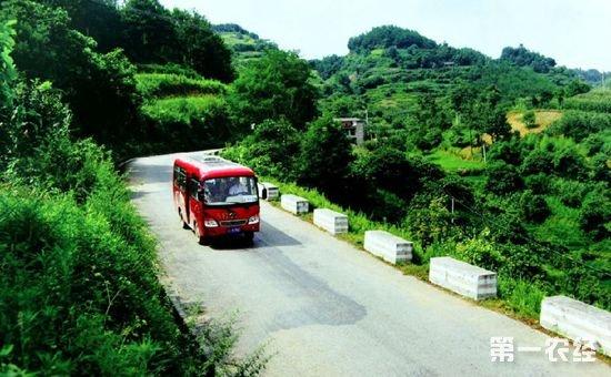 《宁夏回族自治区农村公路条例》已通过 将于11月1日正式施行