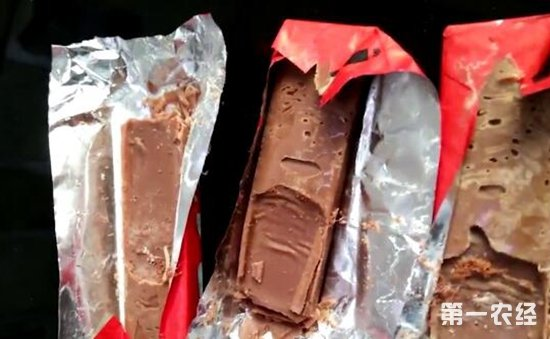 江苏:12岁女孩吃了巧克力后出现食物中毒症状  掰开居然发现蛆虫