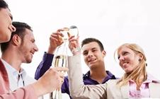 血糖高的人可以喝酒吗?有哪些注意事项?