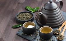什么样的茶咖啡因含量少?茶叶咖啡因含量由什么决定?