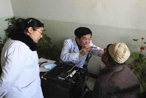 杨育清:驻村一年助农走上产业致富路