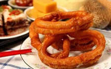 老北京传统小吃:焦圈