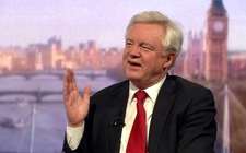 """英国脱欧大臣:若谈判失败就不支付""""分手费"""""""