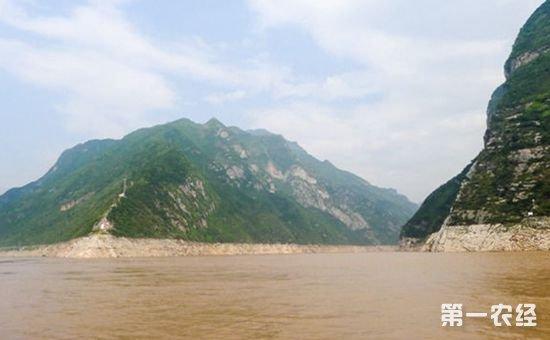 今年前三季度长江水质优良比例为77.3% 比去年同期提高2.5个百分点