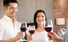 错误饮酒之红酒饮用过程中的5个常见错误