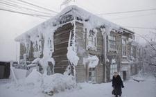 """莫斯科经历""""黑暗12月"""" 太阳每天平均仅出现6分钟"""