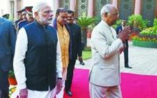印度在新德里召开2018-2019年度预算会议