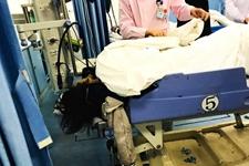 15岁少年吃15包辣条致食物中毒险丧命