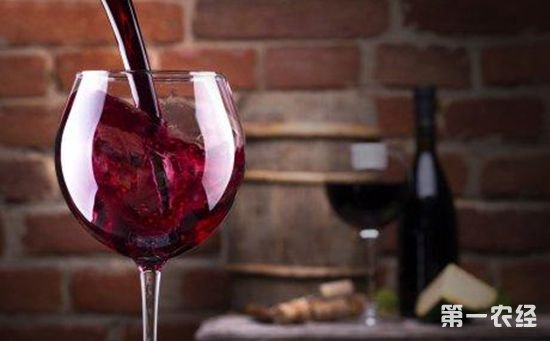 一天喝多少红葡萄酒最好?红酒每天喝多少ml最好?