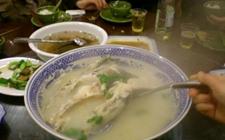 江西九江湖口县特产:石钟鱼宴
