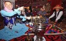 少数民族茶俗之——哈萨克族的奶茶文化