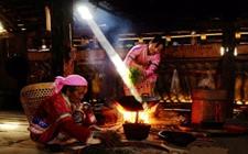 少数民族茶俗之——拉祜族的火焯茶