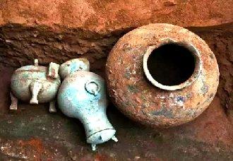近日陕西考古发现两千多年前的秦国古酒