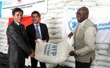 <b>中国政府对于世界粮食计划署援助项目交接仪式举行</b>