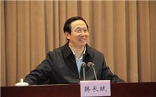 农业部部长强调:大力发展科技创新和体制改革