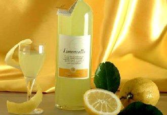 柠檬酒如何酿造?饮用柠檬酒适宜人群