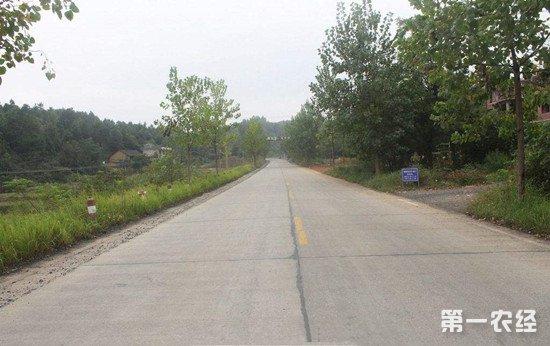 浙江将拨款1000亿用于农村道路建设