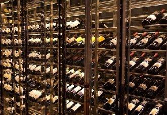 半导体电子酒柜和压缩机酒柜有什么优缺点?酒柜知识