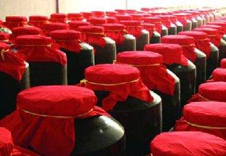 用陶坛储存酱酒的品质更好吗?陶坛储存酱酒的好处