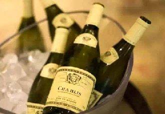 夏天适合喝哪些葡萄酒?葡萄酒介绍