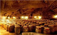 <b>勾兑酒与酿造酒的区别 勾兑酒是怎么制作的?</b>