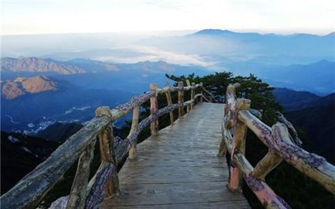 全域旅游带动河南新县贫困地区脱贫