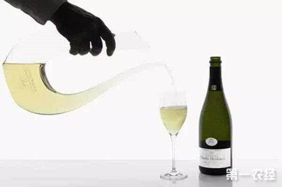 白葡萄酒需要醒酒吗?白葡萄酒醒酒的好处