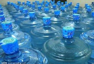 安徽滁州:开展桶装水整治活动 确保广大市民可以放心喝上水